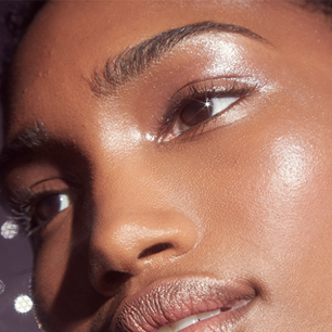 haloscope in moonstone  beauty makeup