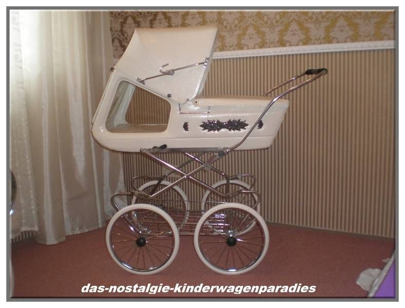 das nostalgie kinderwagenparadies kinderwagen stroller pinterest retro baby prams and. Black Bedroom Furniture Sets. Home Design Ideas