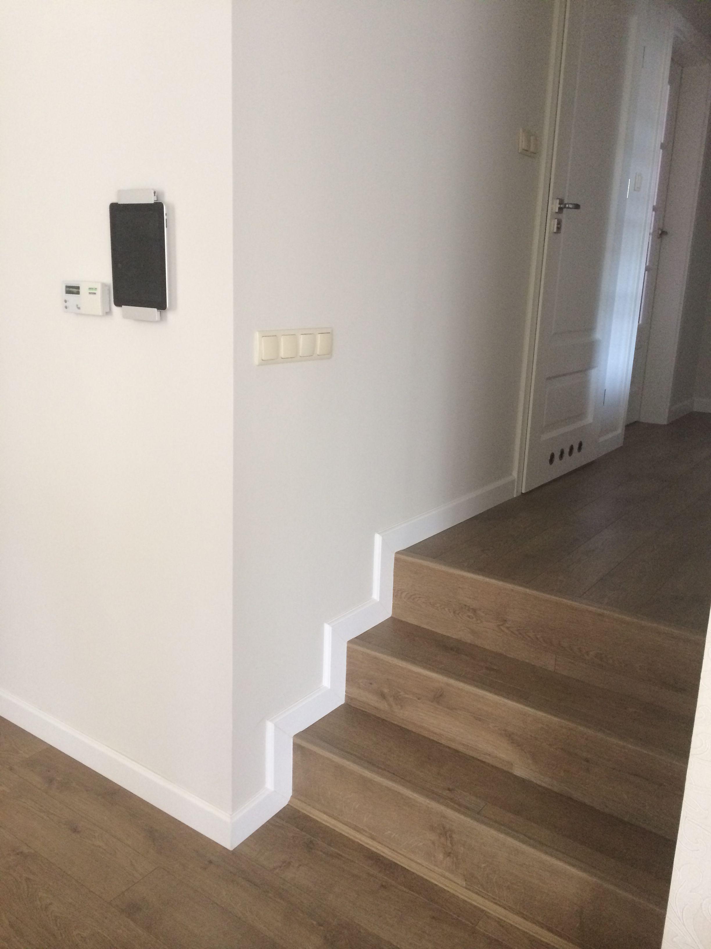 Schody Quick-Step UF 312 Perspective, Listwa Paint-It Decora, ściany farby