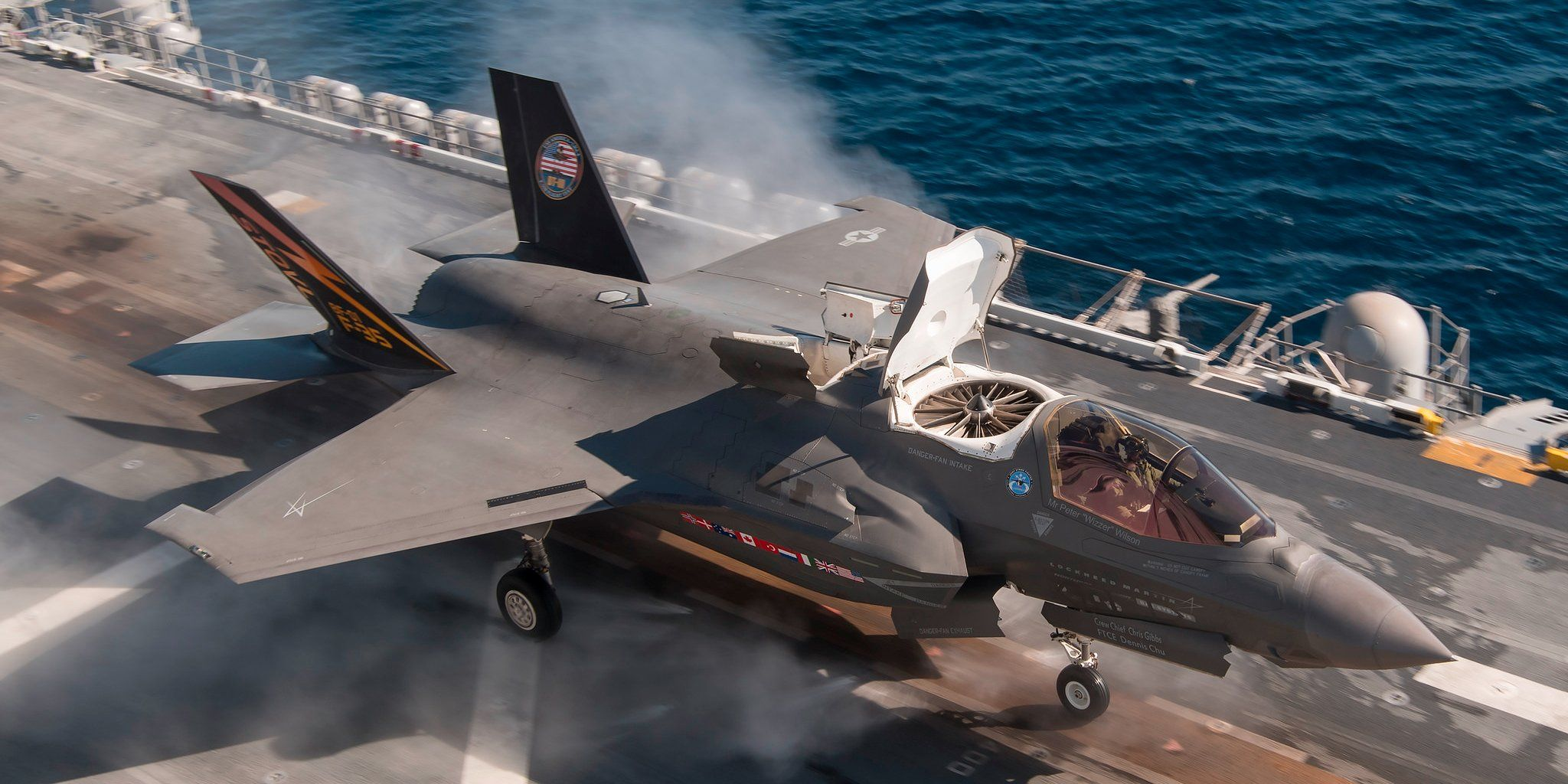 This strange mod to the F35 kills its stealth near