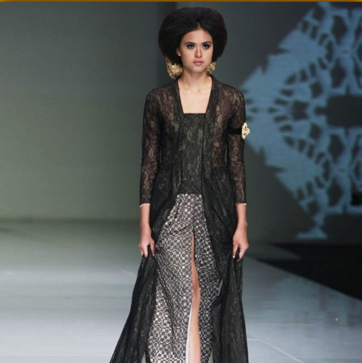 Dress Batik Modern Wanita Model Lengn Pendek Motif Cantik Blus