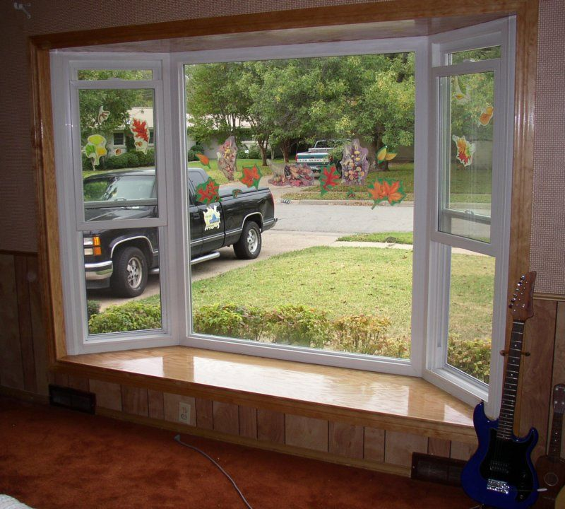 Home Design Ideas Bay Window: Picture Window With Flanking Double