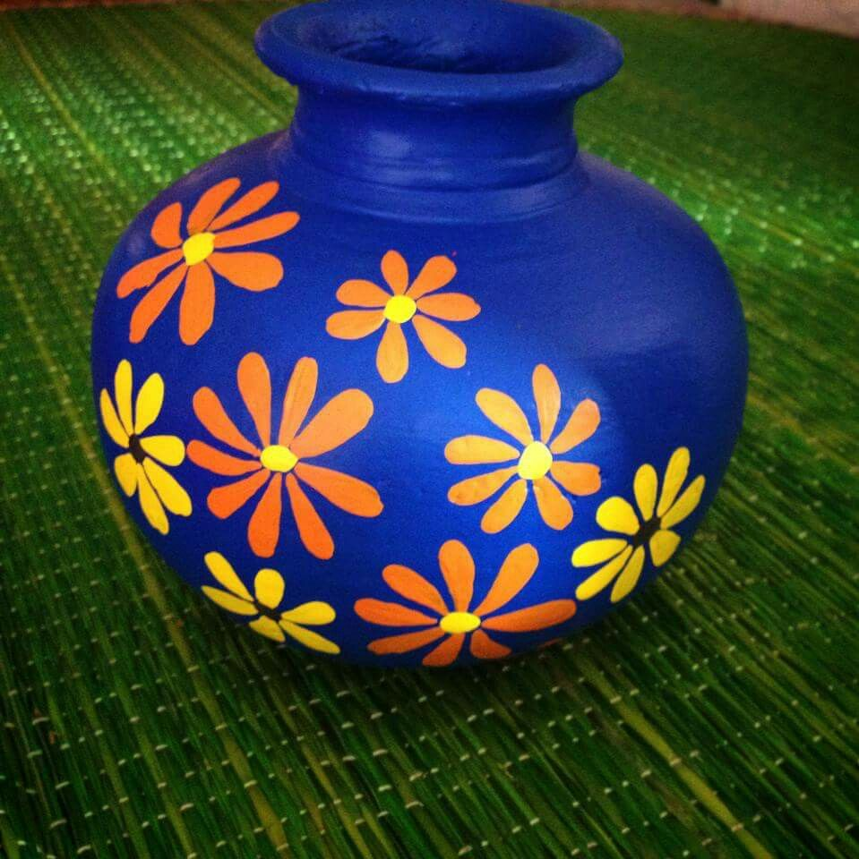 Pin By Neha Modh On Decorative Pots Pottery Painting Designs