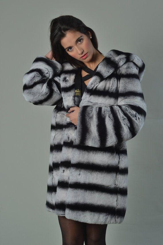 cf538fdf6d693 Luxury gift  Rex Fur Coat Hooded Mid Hip Length with hood  Wedding ...