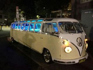 Merveilleux Have You Ever Seen A Volkswagen Bus Limo? Would Be An Awesome Party Bus