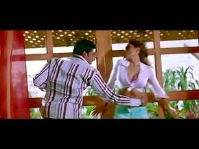Shikdum Hd Rimi Sen Hot Sexy Song Dhoom New Indian Hindi Movie Full Video Abhishek Bachchan Youtube