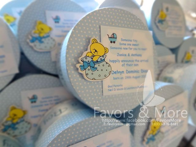 round polka dot teddy bear embellished baby announcement boxes – Baby Announcement Favors