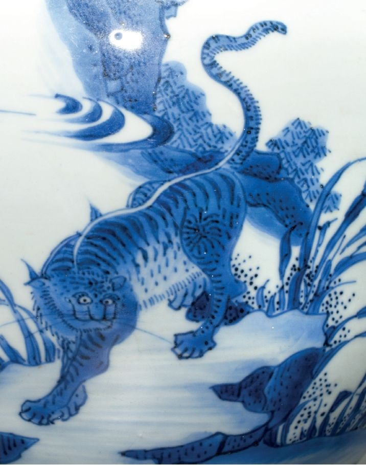 A blue and white 'Dragon and Tiger' jar, Shunzhi period, circa 1650-1660