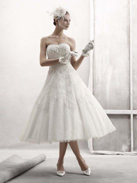 I Love This Elegant Tea Length Wedding Dress The Head Piece