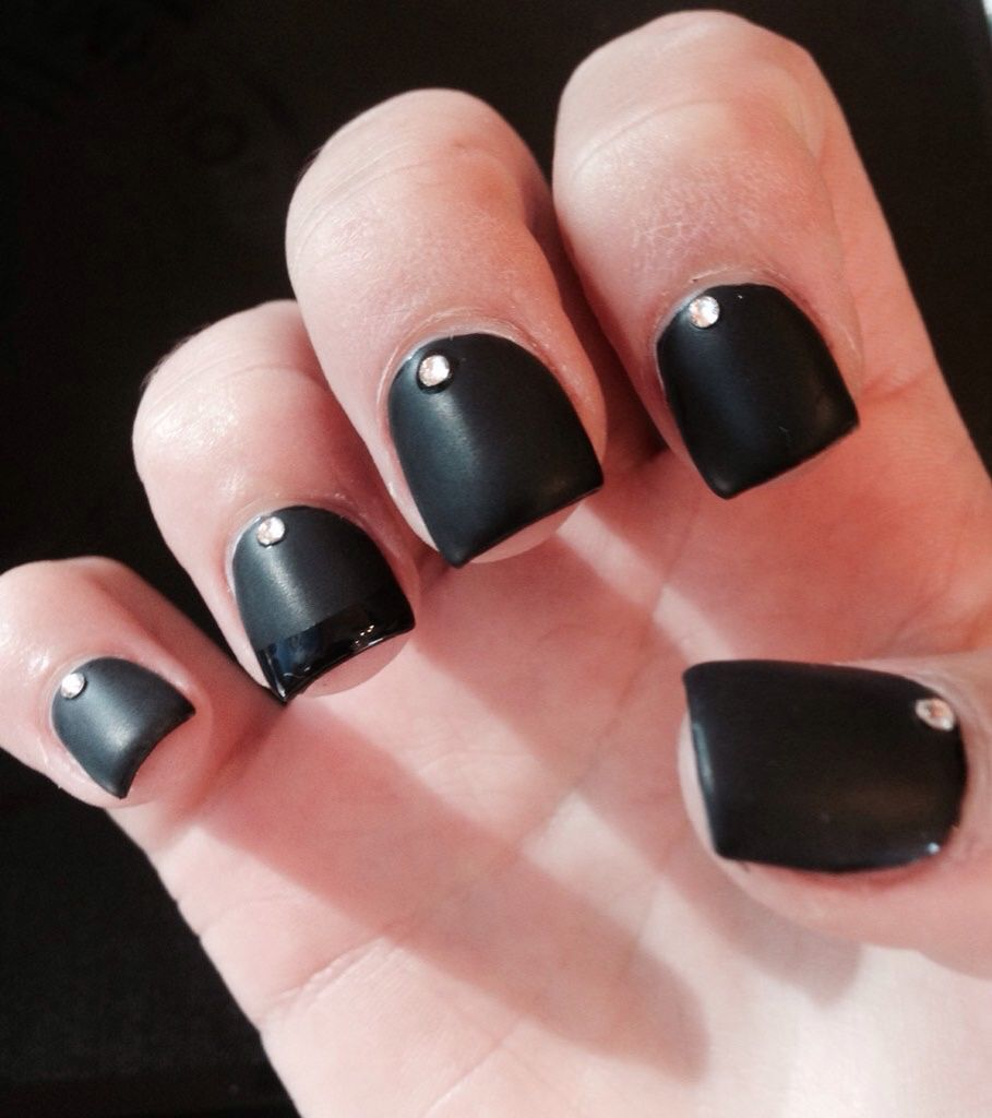 Matte black with a shiny tip on the ring finger and jewels | Beauty ...