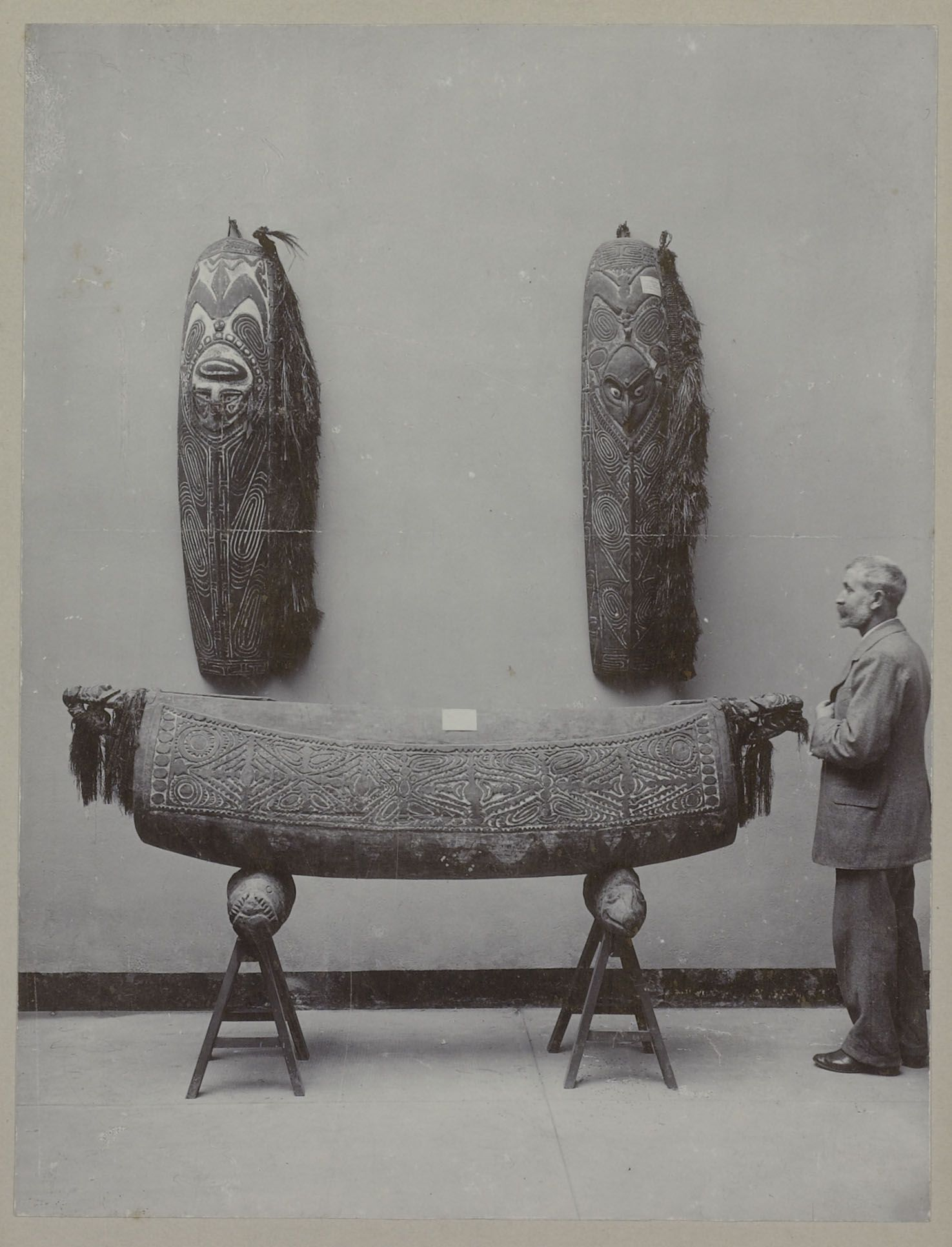Sepik Region Artefacts Two Shields And A Garamut Before 1903 A Garamut Is A Hollow Log Which Is Thumped With A Sort Of Pestle Tribal Art Ocean Art New Art