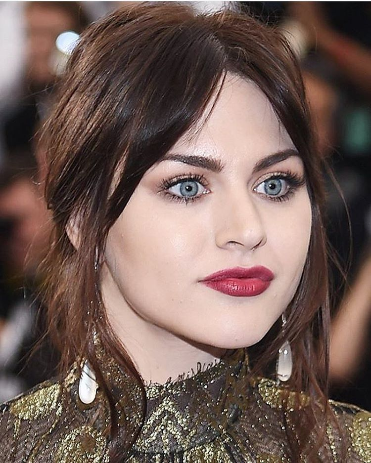 Frances Bean Cobain at the Met Gala in 2017 (The