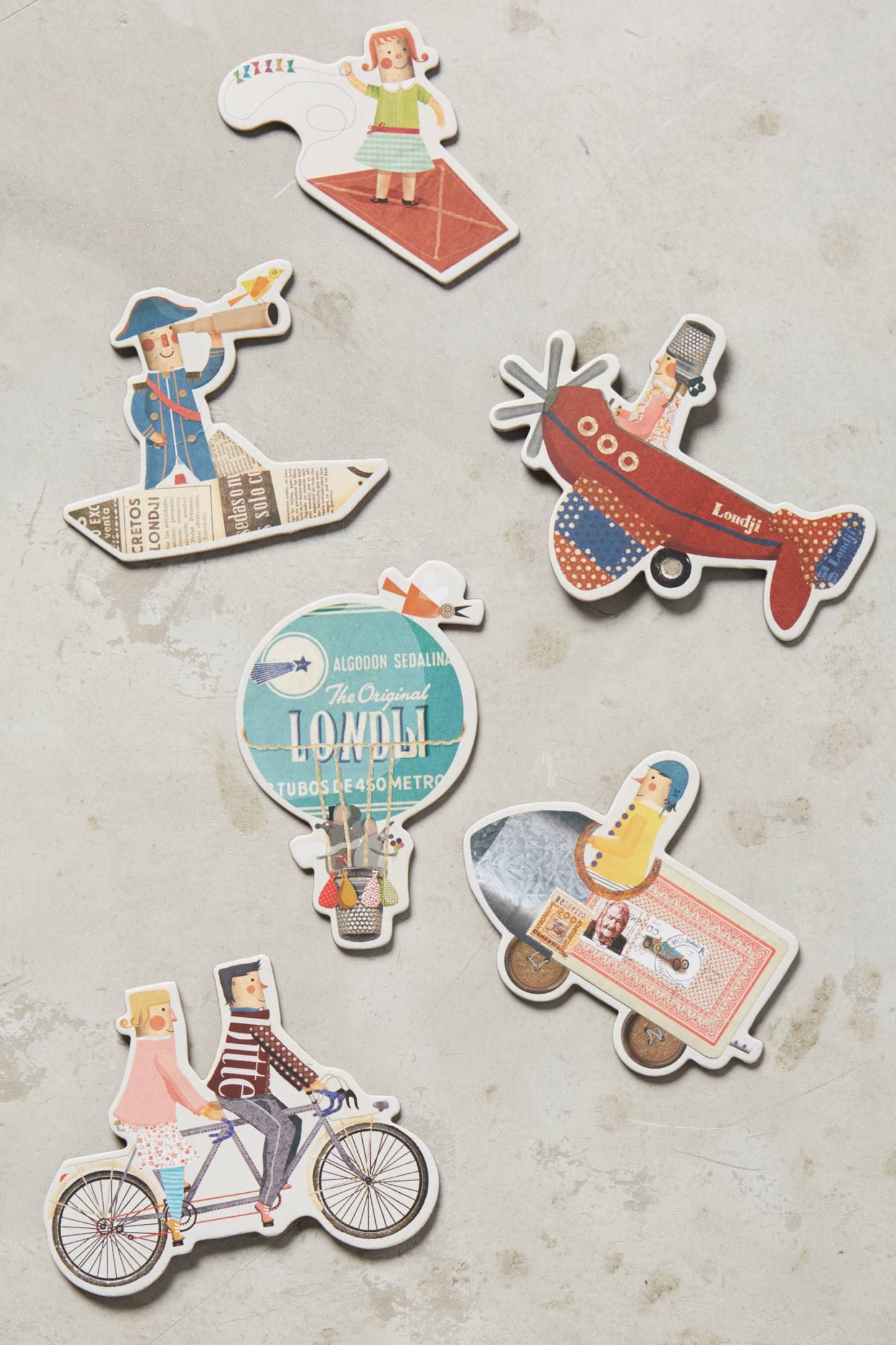 Traveler Magnet Set