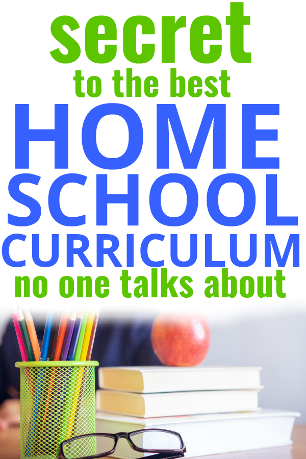 Learn the BIG SECRET on how to choose the best homeschool curriculum--works for preschool, kindergarten, middle school and high school (free, Christian and secular!)+ FREE WORKBOOK #homeschool #homeschooling #curriculum #lessons #education