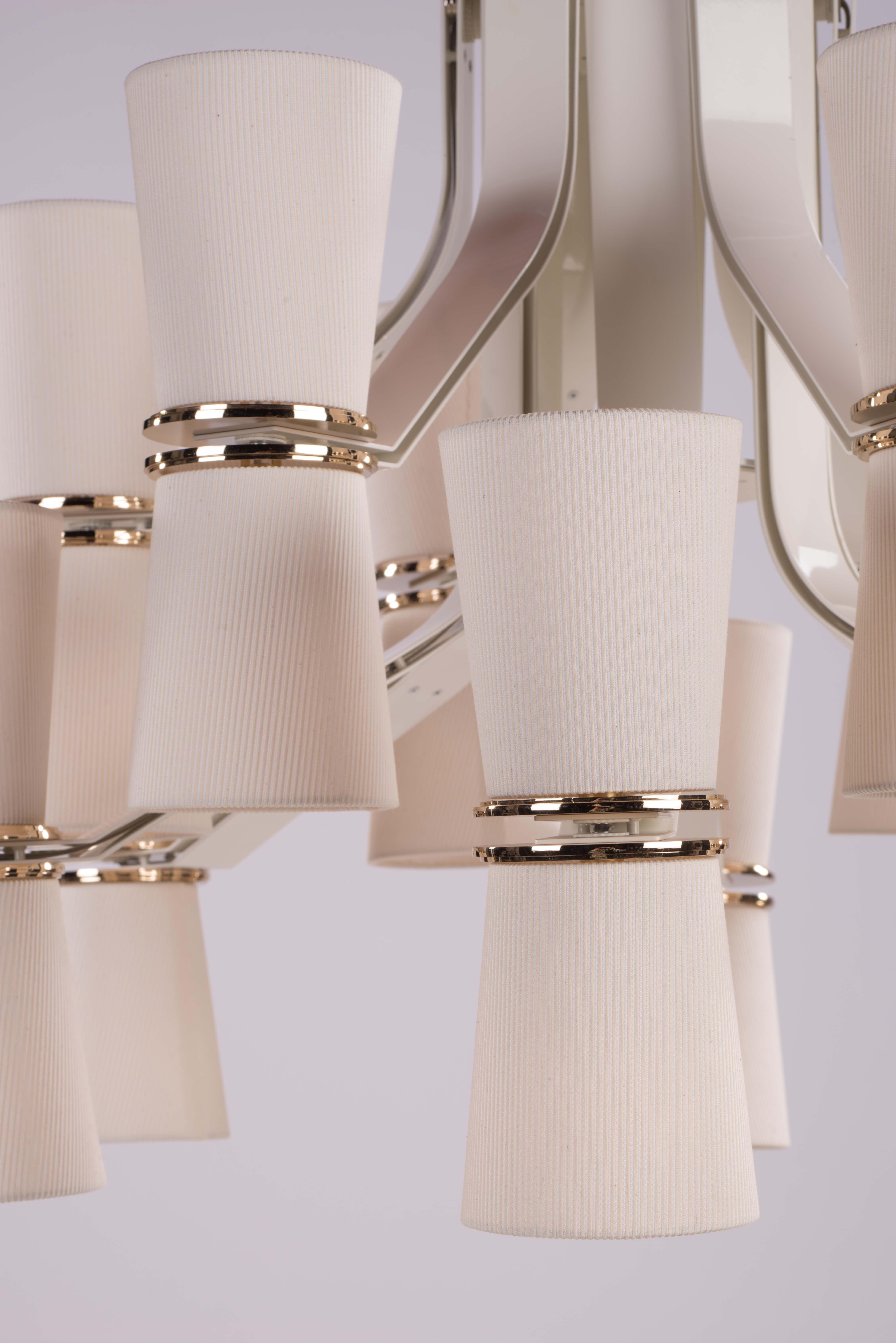 MUSE chandelier close up Lampade, Cristalli, Verona