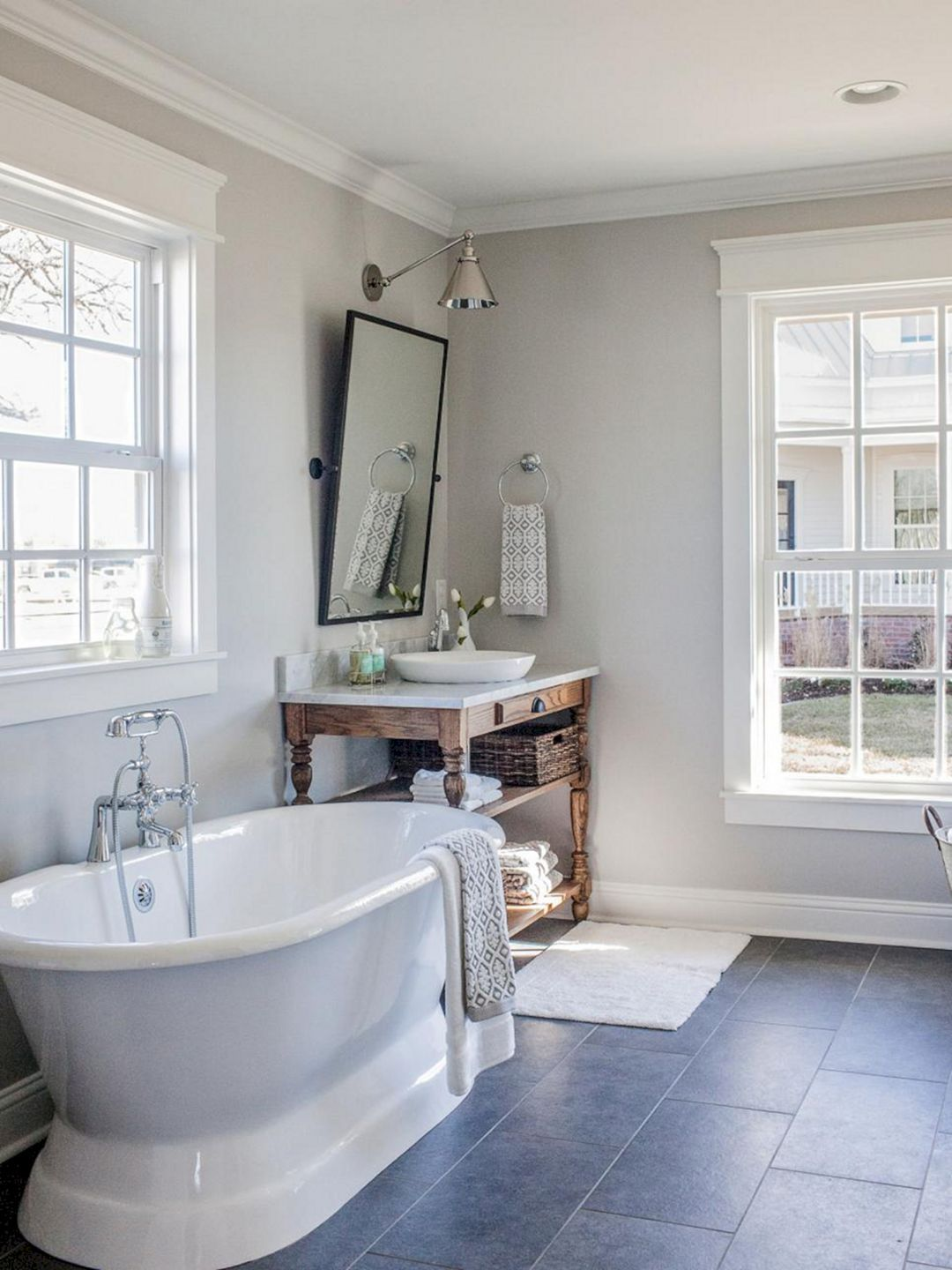 top 10 fixer upper bathrooms daily dose of style - Fixer Upper Bathroom