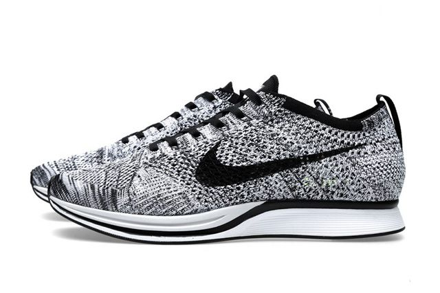 hot sale online 7fc20 50c16 NIKE FLYKNIT RACER (WHITE BLACK)