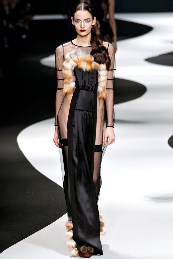 Viktor & Rolf | Fall/Winter 2012 Ready-to-Wear Collection | Modeled by Zuzanna Bijoch | March 2, 2012; Paris