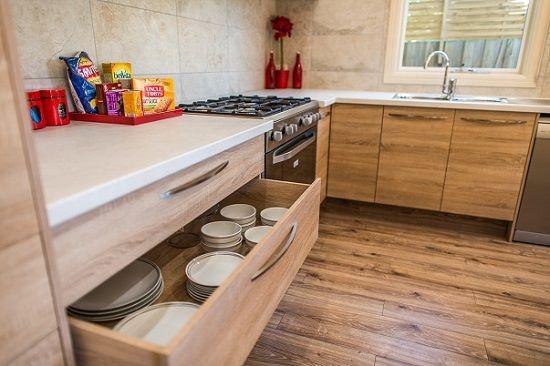 egger f166 aurora bianca 38mm benchtop combined with egger. Black Bedroom Furniture Sets. Home Design Ideas