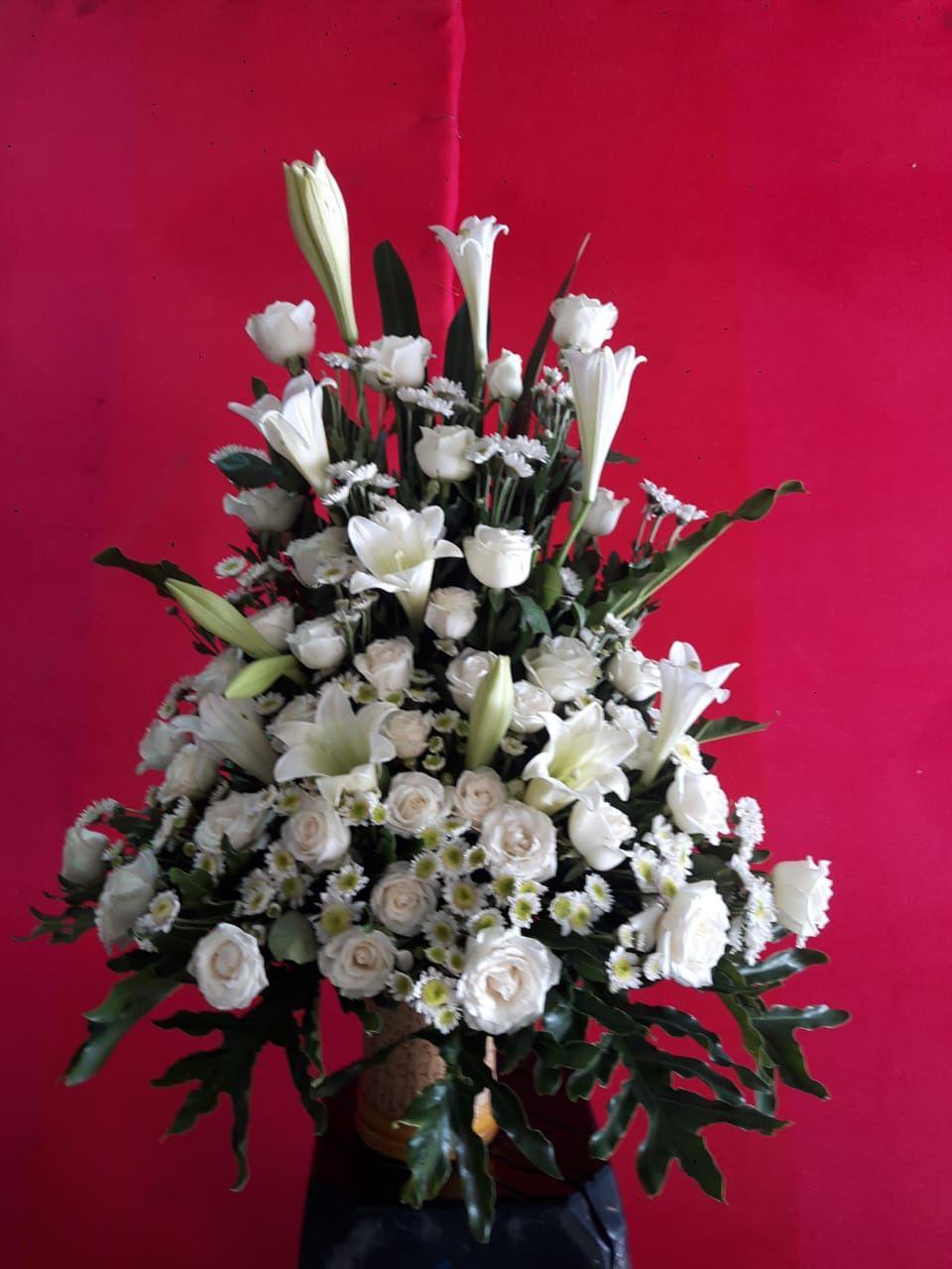 Bunga meja. Minat 08122396571 di 2020 Karangan bunga