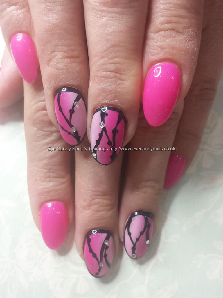 Gel 50 and 37 ombre with black freehand nail art