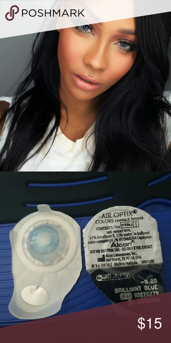Brilliant Blue air optix color contact Does not come with