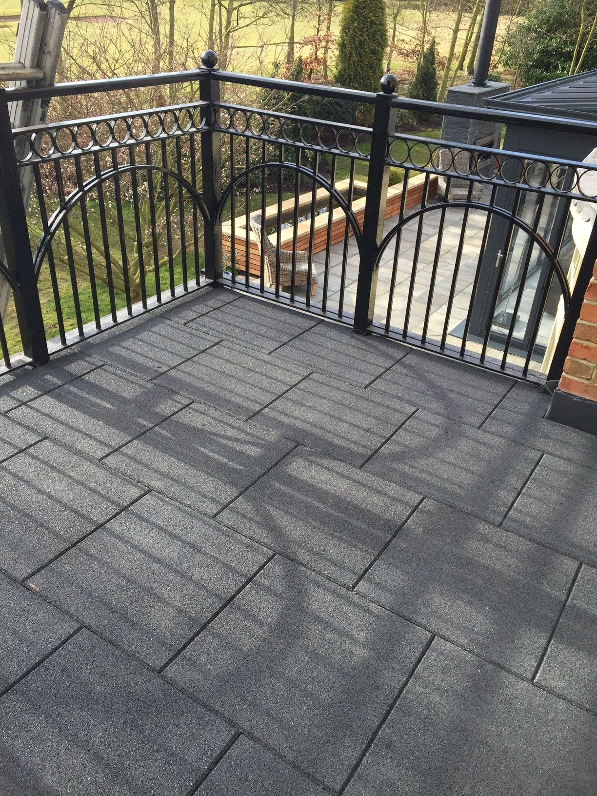 This Castleflex Charcoal Grey Rubber Promenade Tile Is