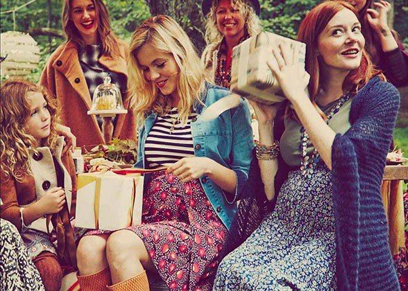 Blake Lively Had The Prettiest, Most Pinterest Perfect Baby Showeru2014See All  The