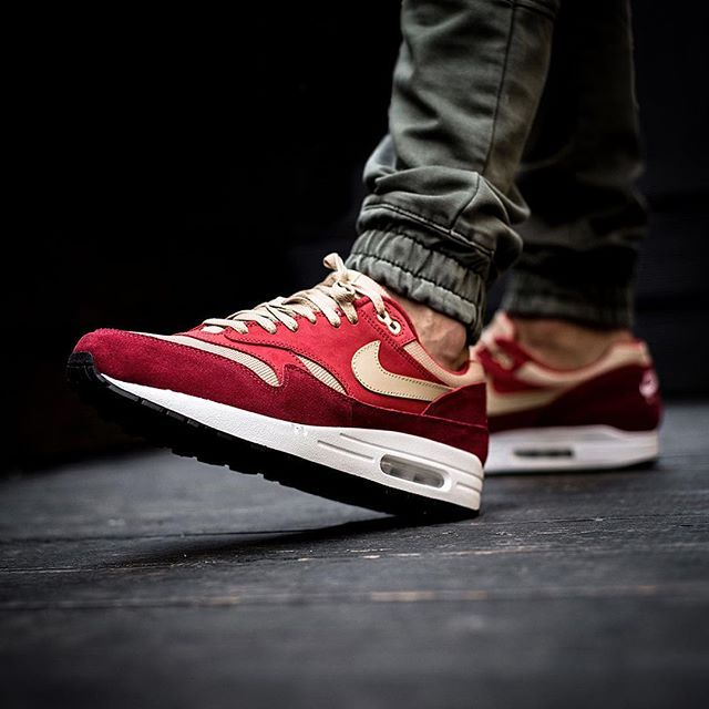 Pin by David Carr on Sneakers and shoes in 2019 | Nike air