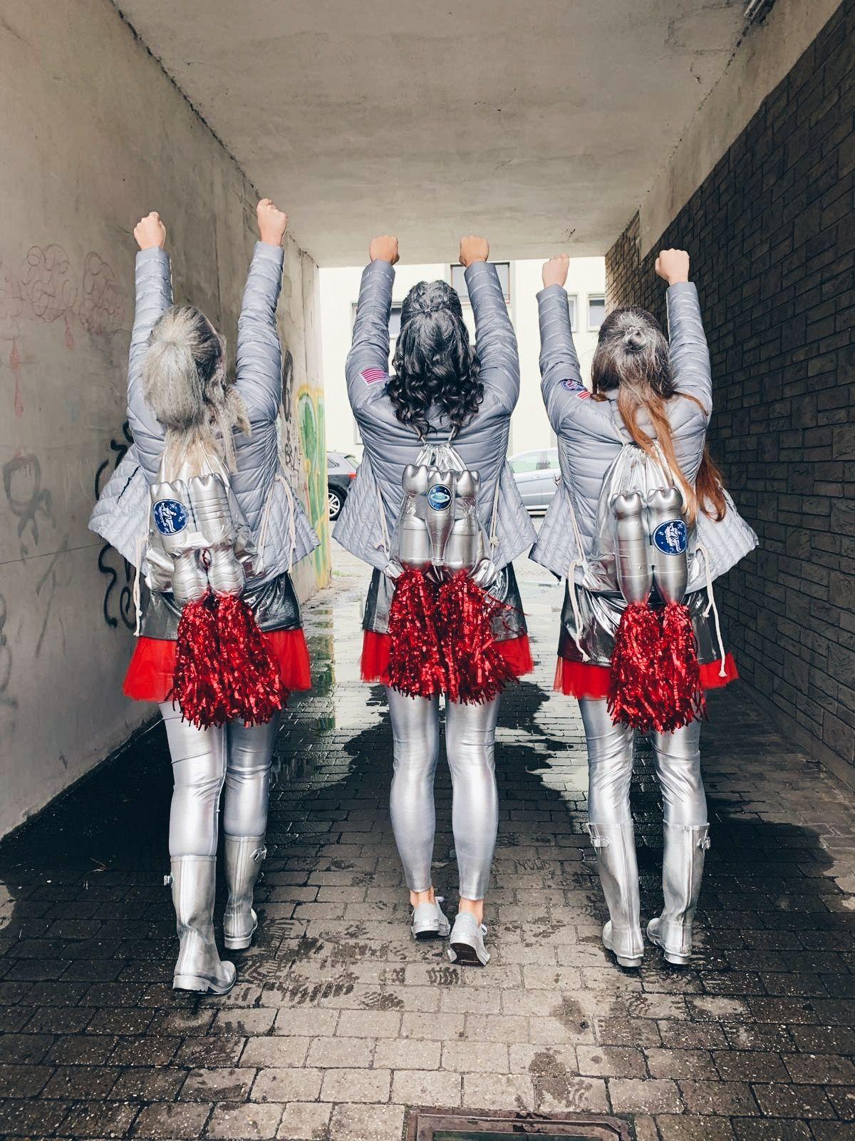 Pin Von Marina Oder Auf Space Girl Kostum Fasching Kostume Damen