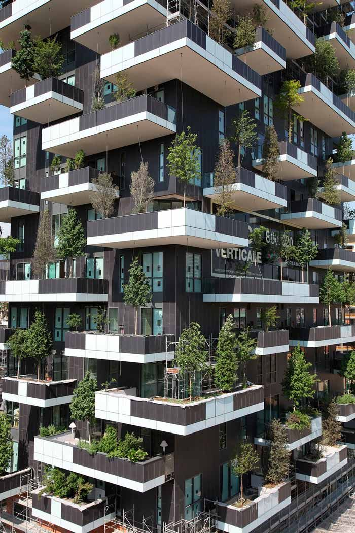 Bosco Verticale : discover this amazing Vertical Forest in Milan
