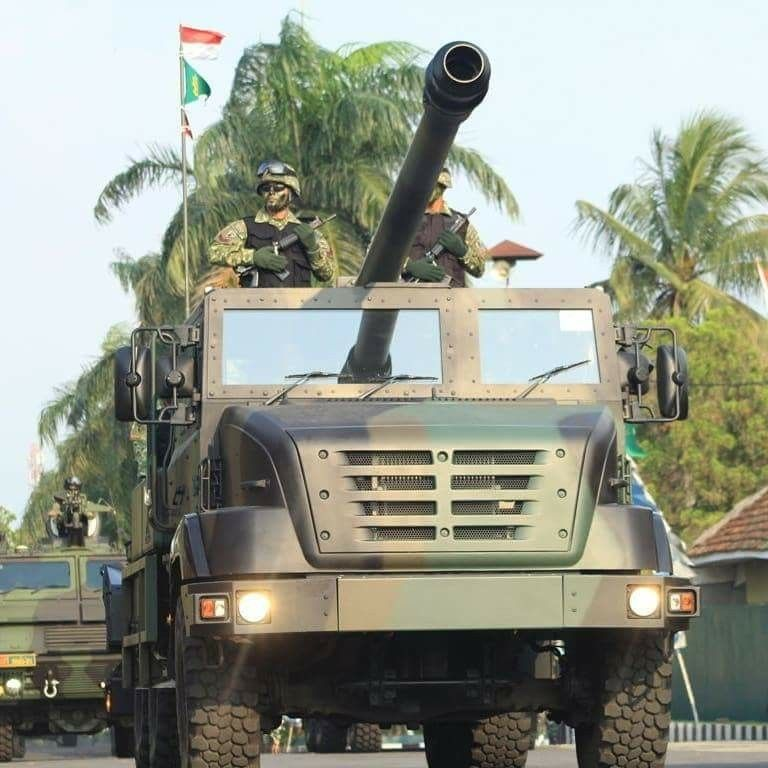 Self Propelled Howitzer Ceaser 155mm Tni Ad Military Vehicles Military Armored Fighting Vehicle