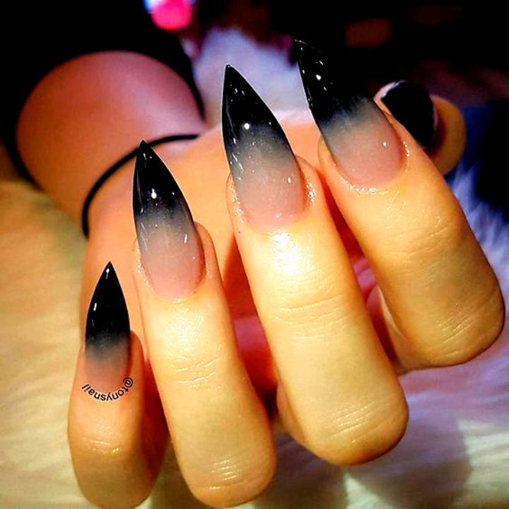 Pin By Sara King On S In 2020 Halloween Nails Cool Nail Art Fun Nails