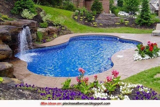 Piscinas modernas imagenes buscar con google for Casas con piscina en sevilla para alquilar
