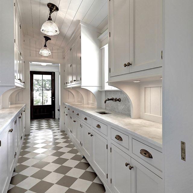 White Kitchens 11 Incredible Ideas All-White Kitchen With Black ...