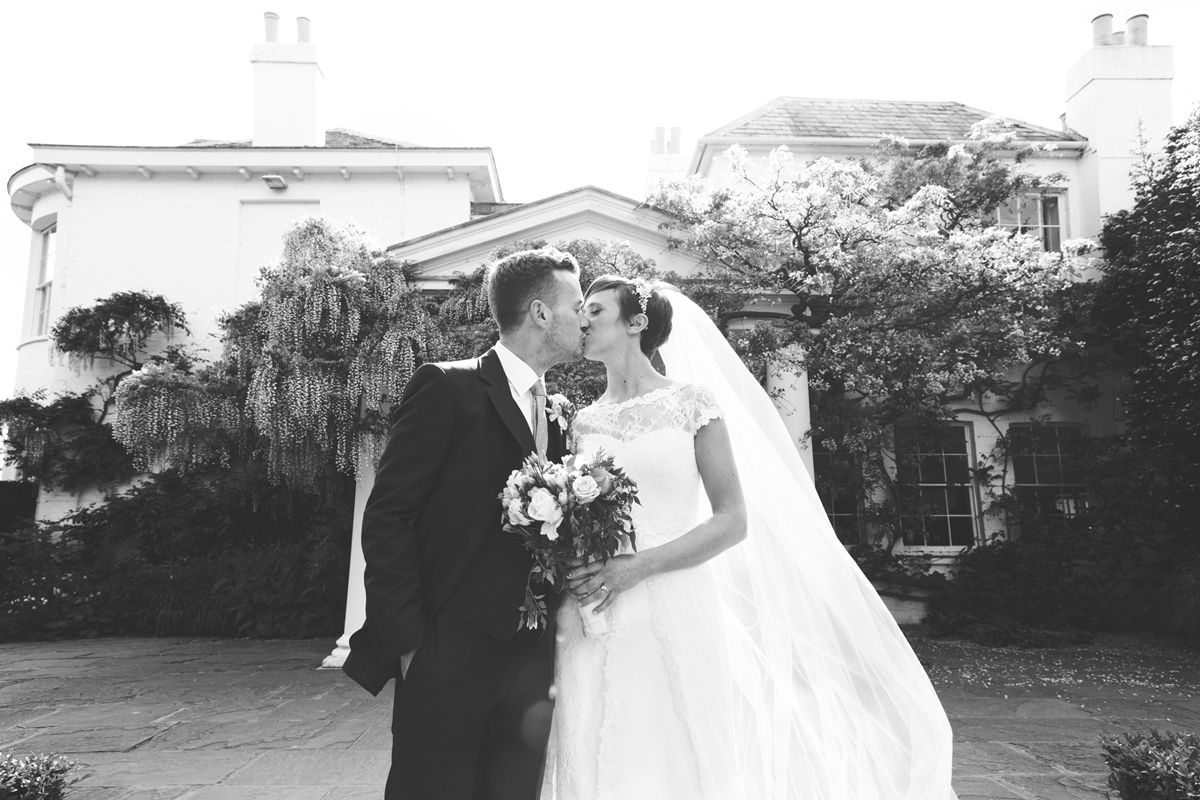 Gorgeous pictures of Alex and Simon's wedding courtesy of Benni Carol Photography
