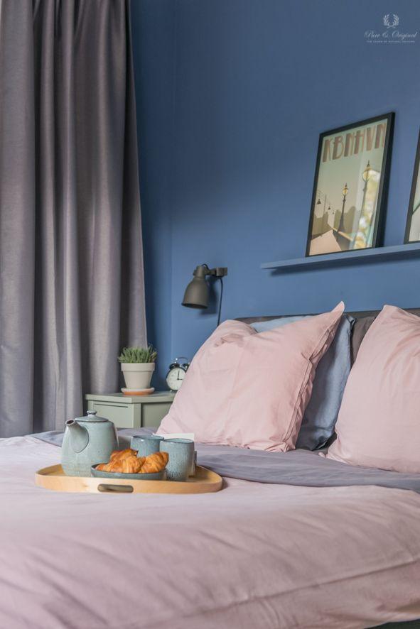 Bedroom slaapkamer in the colour