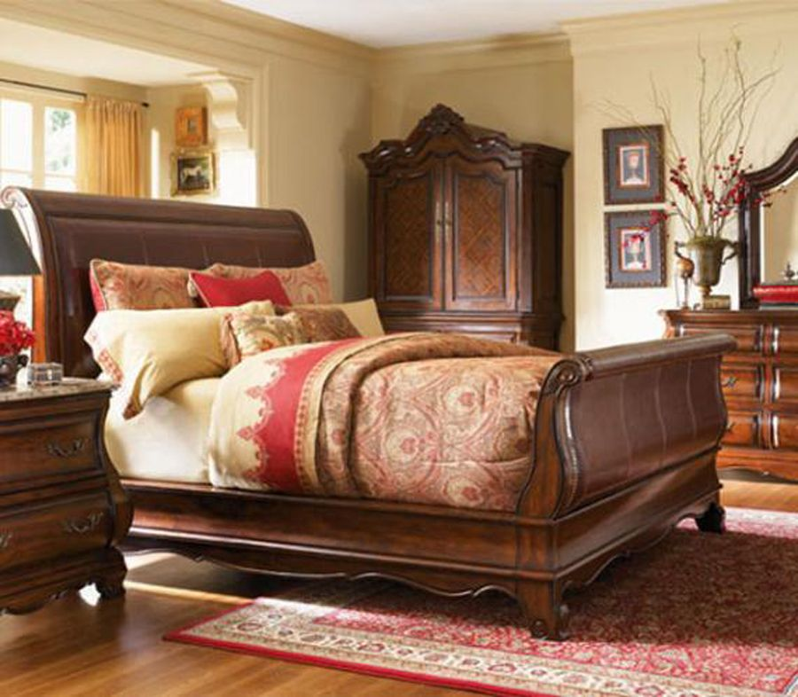 Classic Unique Wood Bed Design For Bedroom
