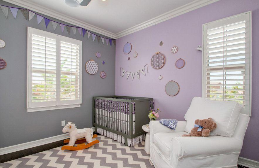 Des Idees De Chambres Pour Bebe Decorees Avec La Couleur Lavande