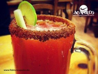 #antrosdemexico Refréscate con una deliciosa cerveza en el bar Tequisol de Acapulco. ANTROS DE MÉXICO. Para que puedas bailar y divertirte toda la noche es necesario que estés bien hidratado y qué mejor que una cerveza bien fría, siendo una delicia las que encontrarás en el bar Tequisol, ya que las preparan de diferentes formas. Obtén más información en la página oficial de Fidetur Acapulco.