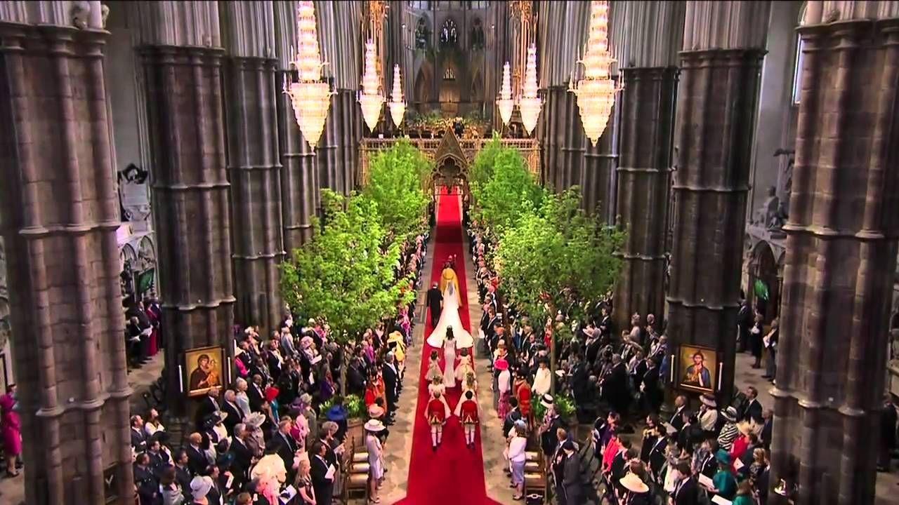 Catherine Middleton walks down the aisle Bodas reales, Boda