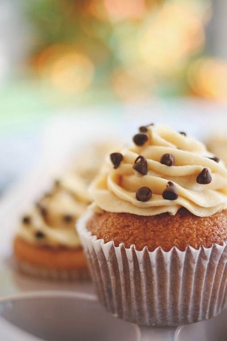Chocolate Chip Cookie Cupcakes & more!!! So many amazing cupcake recipes!!