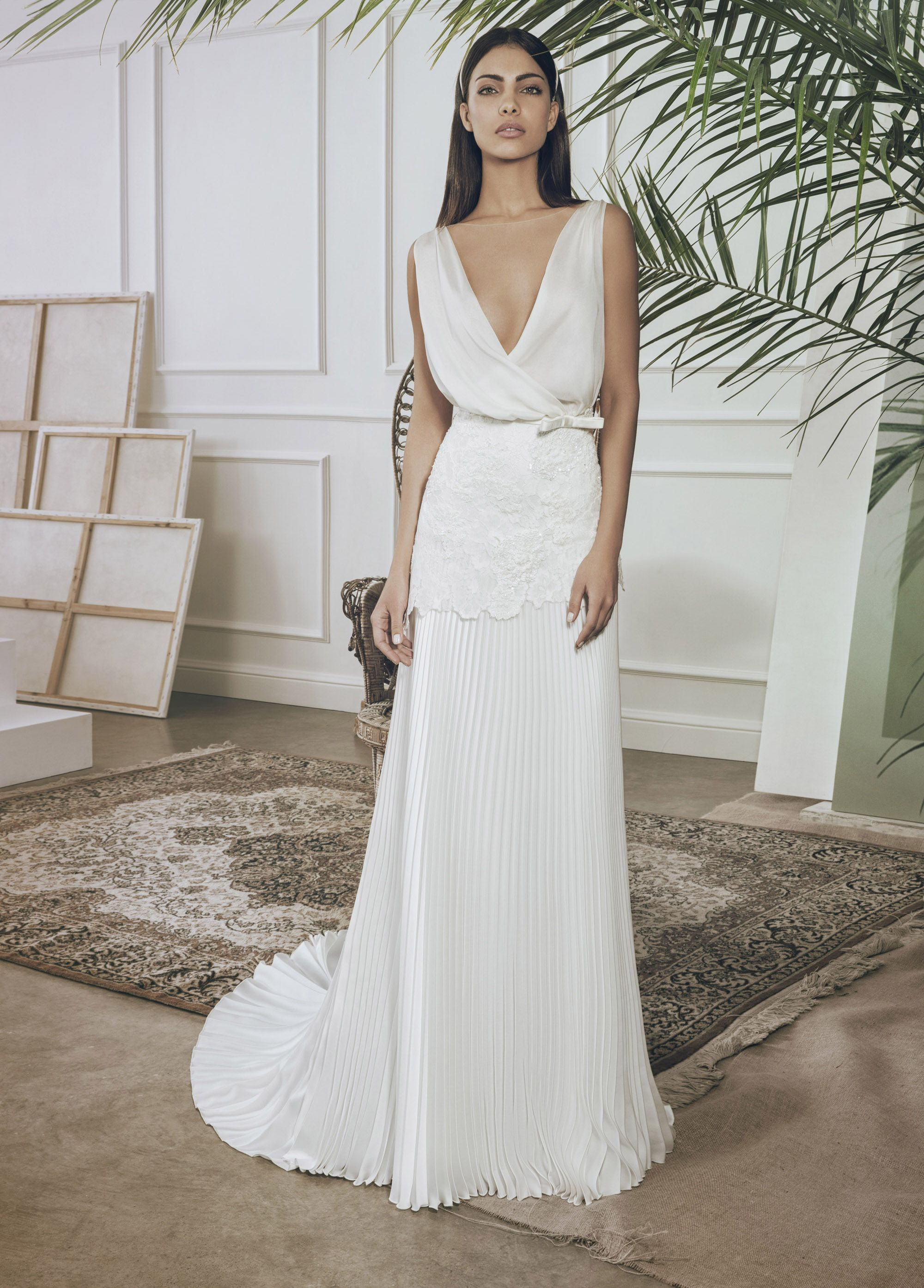 2d187b6909a8 Pin di Bellantuono Bridal Group su Bellantuono Sartoria 2018 ...