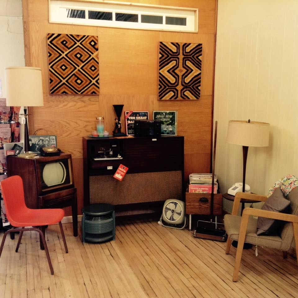 Our in store retro living room complete with period TV and ...