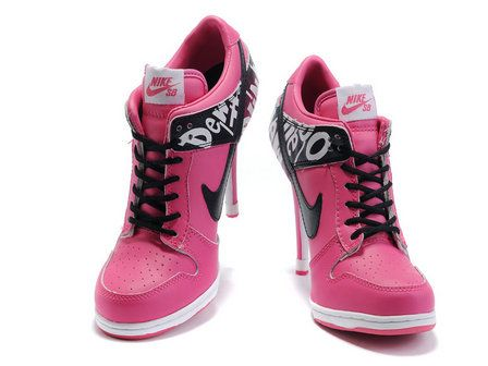 Nike Do The Dew Dunk Heels Low Pink