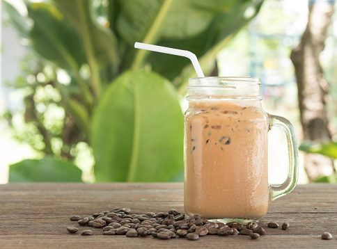 This delicious shake, featuring the Chocolate Shake360 mix, tastes like a treat from your favorite fancy coffee shop.