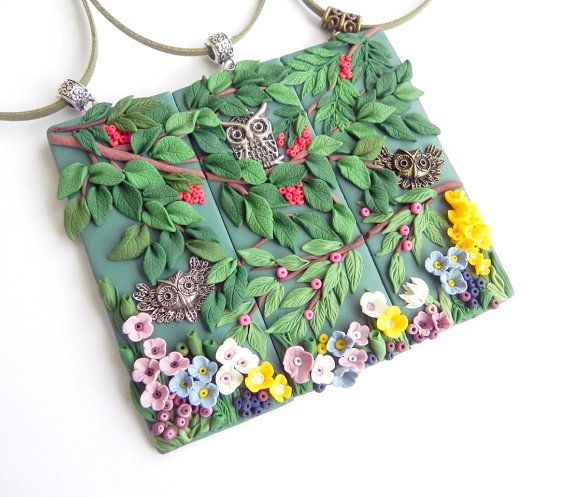 Best friends endant Polymer clay jewelry handmade Applique Forest