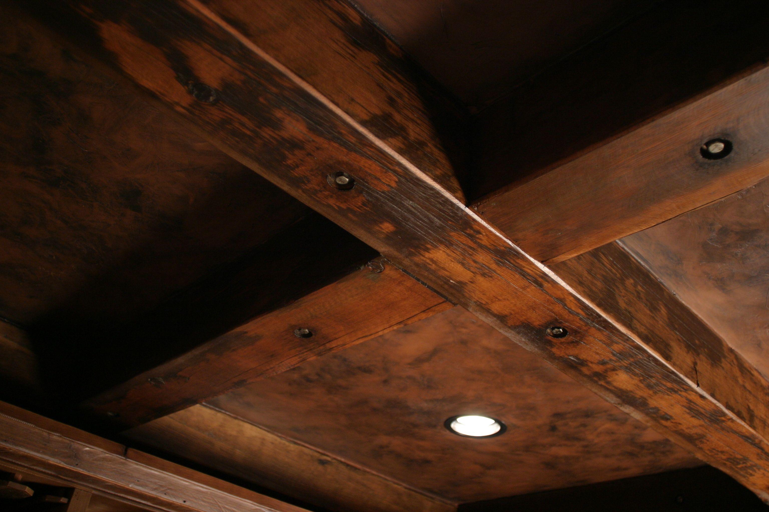 Beams custom reclaimed timber wood sustainable