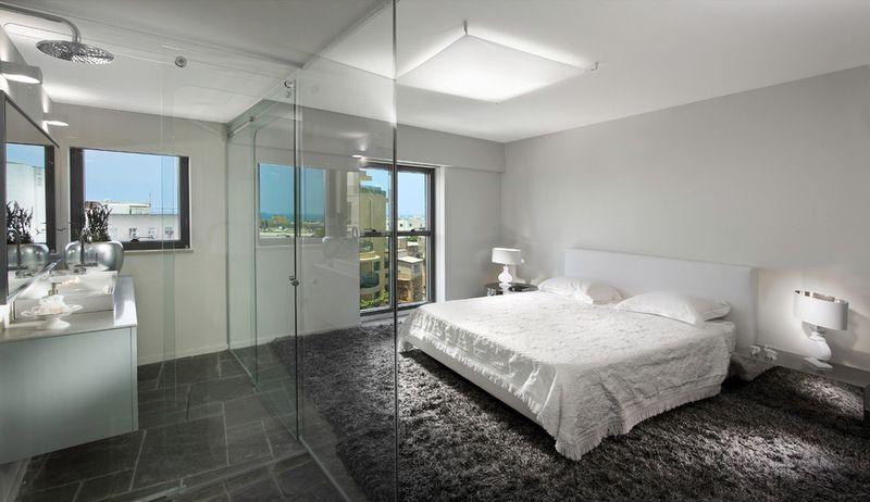 modern bedroom with transparent bathroom glass by evans glass rh pinterest com