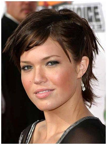 Top 60 Flattering Hairstyles For Round Faces Style Pinterest